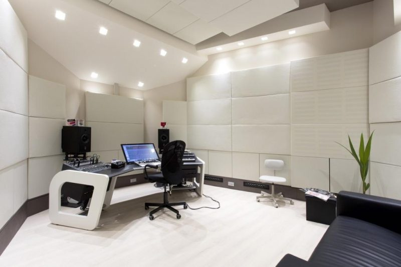 244 Bass Traps, soffit bass traps, and scatterplates in Sonic Temple Studio in Italy using GIK Acoustics